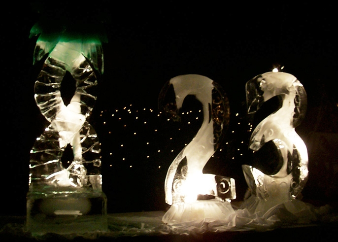 01-01-20-Ice-Sculpture
